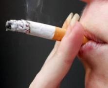Sådan kommer du af med lugten fra cigaretter