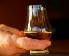 Hvordan foregår alkoholbehandling i praksis?
